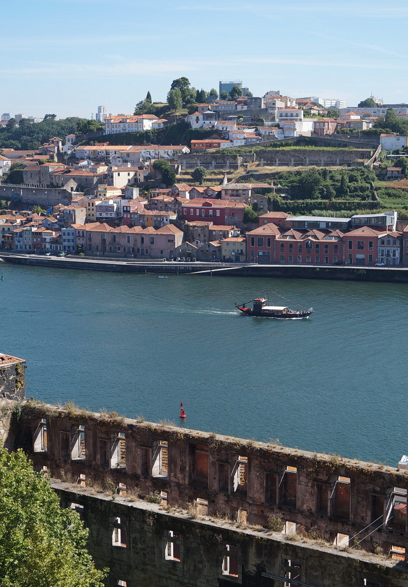 On the south bank of the Douro is Vila Nova de Gaia below which are the wine cellars, carved into granite.